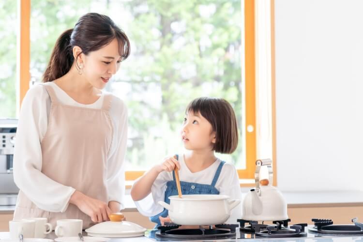 親子で鍋をつくる