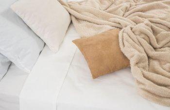 ベッドと電気毛布