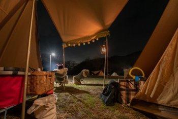 キャンプでLEDランタンを使用