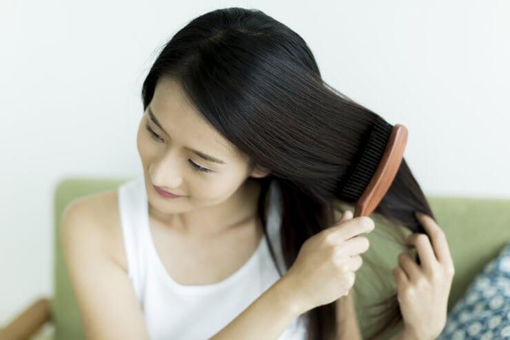 髪がきれいな女性のイメージ